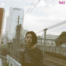若手音楽シーンを自在に泳ぎ、新たなドラマー像を描く大井一彌の素顔に迫る(DATS/yahyel)【VOCE♡YOU】Vol.4