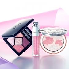 Dior SNOWから限定メイクアイテムが登場!ピンクの魔法でピュアな透明感がスパーク[PR]
