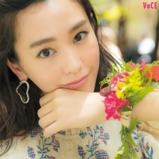 【桐谷美玲】大好きなハワイで、レイ作り&フラダンスに挑戦!