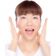 顔太りの原因、もたつく頬肉&フェイスラインのたるみを骨格矯正で解決!【ビューティQ&A】