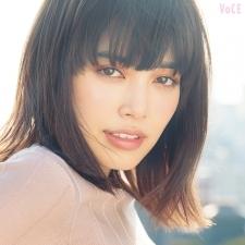 インスタでも大人気♡ モデル垣内彩未が選んだ、毎日使える春新色は?