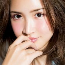 紗栄子がガチ惚れで買いに走った❤今季ベストコスメ