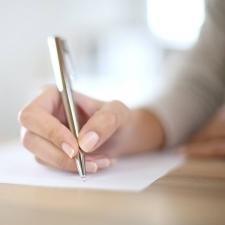 【○○に気をつけるだけで見違える!】キレイな字を書くためのコツ