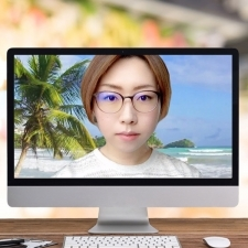 今ドキ女子の【テレワーク活用術】Zoomの便利で楽しいバーチャル背景・顔面補正・便利なグッズ!