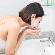 【春クレンジングBEST3】ゆらぎ肌対策にも!|「ダブル洗顔不要」のおすすめ最旬アイテム!
