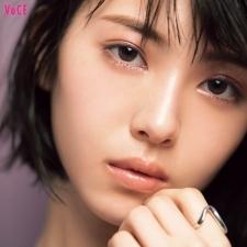 ピンクメイクは「質感ミックス」で甘さ調節!【浜辺美波】女子会メイクテク