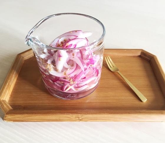 冬のきれいな常備菜|赤たまねぎのデトックス・ピクルス