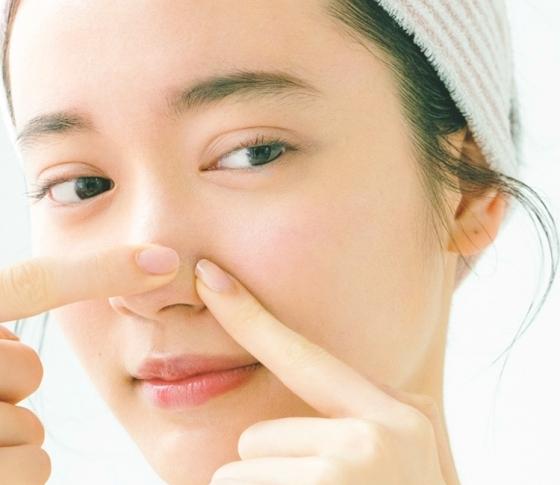 【毛穴の悩み別】目立つ毛穴問題ケア|黒ずみ・たるみ・開きを改善