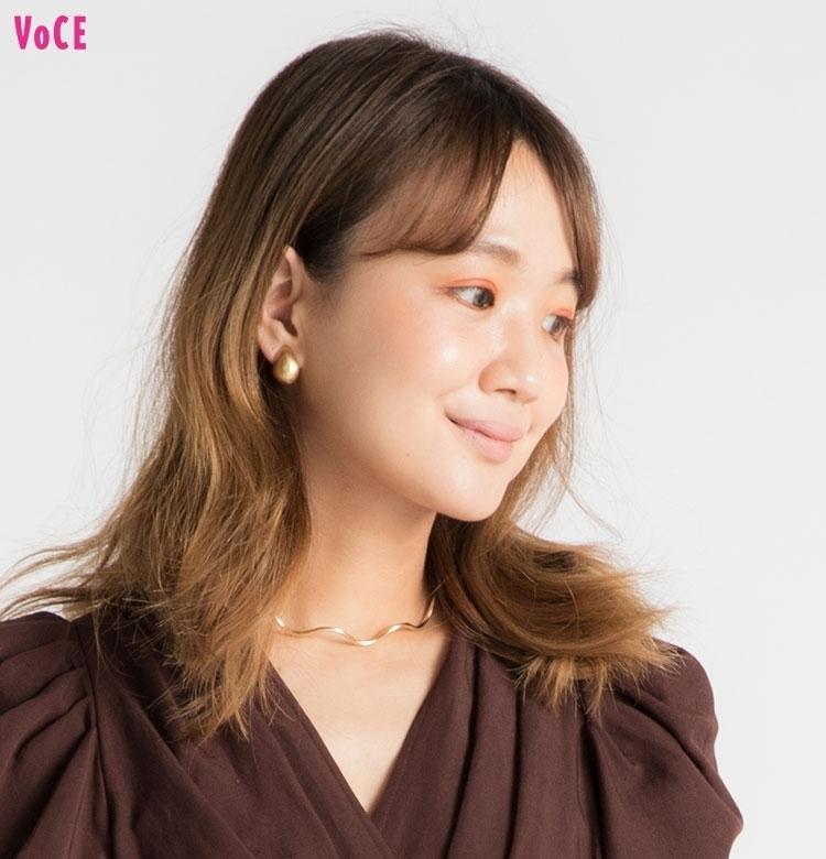 【VOCEエディターの1週間メイク着まわし】 渡辺瑛美子 DAY4「カジュアルなイタリアンでの会食に参加」