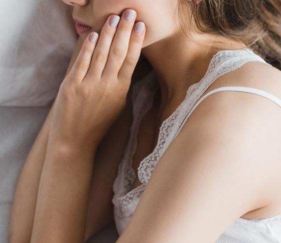 くすみ肌から早く透明感を取り戻すケア法を伝授!|ヘルシースキンケア講座 -vol.1-