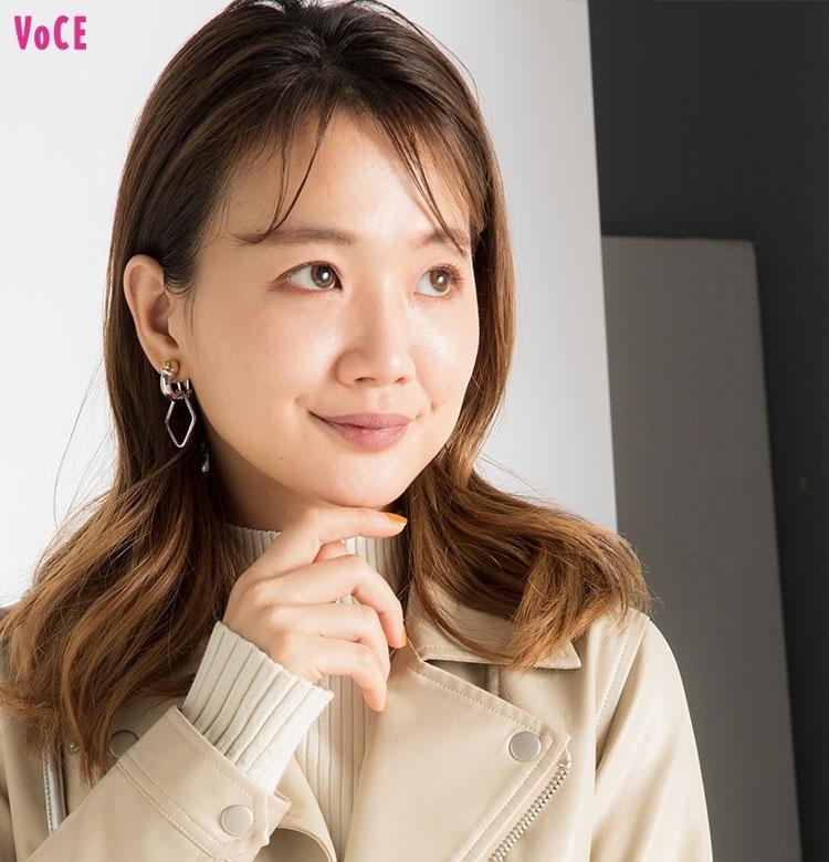 【VOCEエディターの1週間メイク着まわし】 渡辺瑛美子 DAY2「人気クリニックで最先端の美容医療の取材DAY」