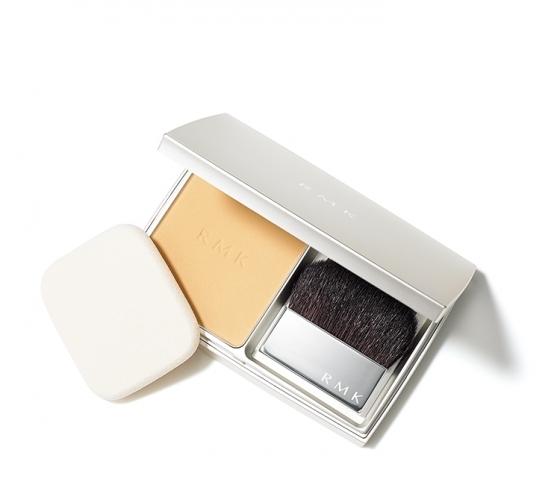 RMKからツヤと潤いのある肌を手軽につくれるパウダリーファンデ登場 9月4日発売