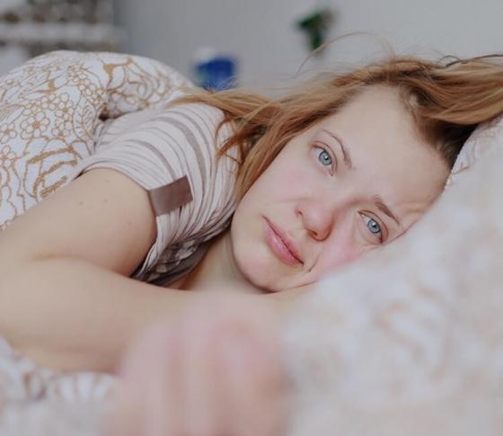 【睡眠中に途中で起きてしまう】中途覚醒を防ぐ対策とは?