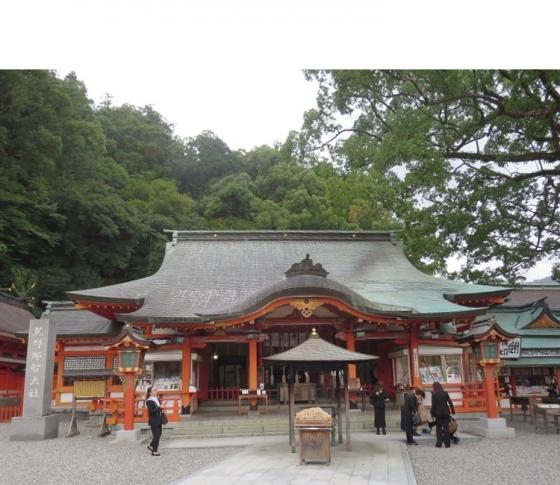 龍に導かれた神聖なパワースポット、熊野那智大社