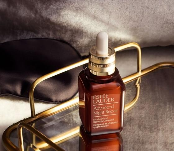 【明日のキレイをつくる夜リペア習慣】 睡眠中に美肌にしてくれる、ベストセラー美容液[PR]