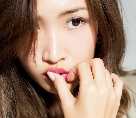 """即""""モテ力""""が回復。紗栄子のピンチを救うレスキューコスメ"""