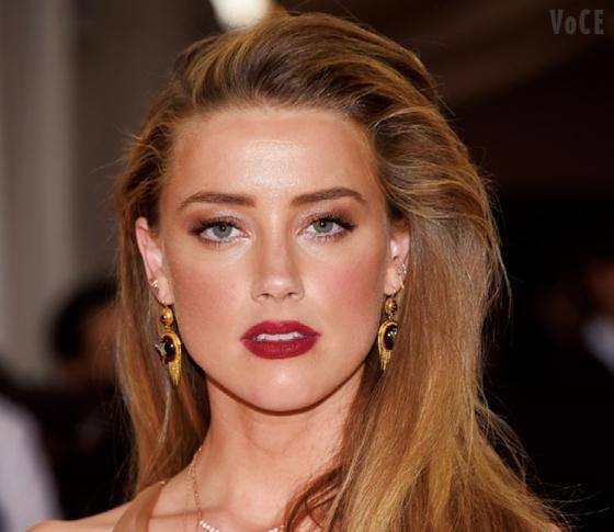 黄金比率から導き出す「世界で最も美しい顔」はアンバー・ハードだった!