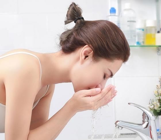 夏も1日中崩れ知らずの肌をキープ!「朝のスキンケア」3STEP〈洗顔・保湿・パック〉
