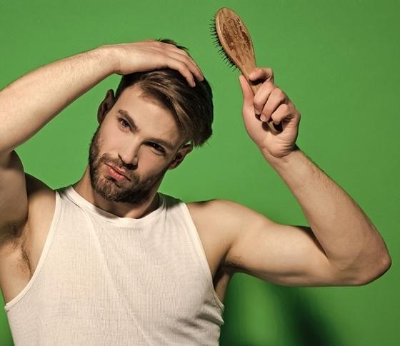 毛深い派?ツルツル派?あなたはどっち?【毛にまつわる男性の好みを大調査!】