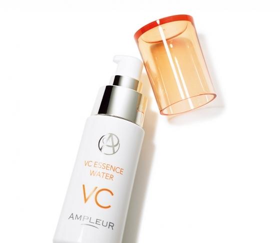 UVダメージケアだけでなく、毛穴が目立たなくなるのを実感♡ドクターズコスメ・アンプルールのビタミンC美容液