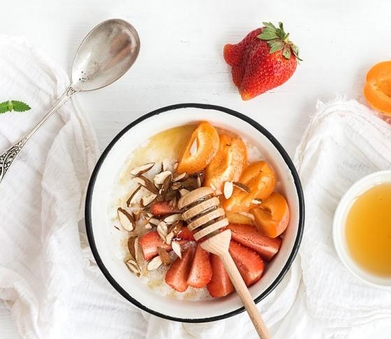 【免疫力UP・美肌・ダイエット】完全栄養食「はちみつ」は最強のスーパーフード!