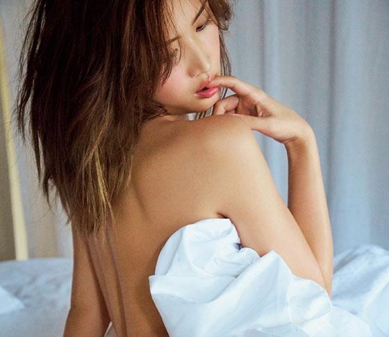 """紗栄子""""彼の触れたい願望""""をかきたてるカラダの作り方"""