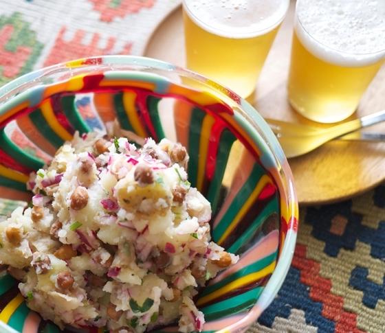 クミンが効いてる!ひよこ豆入りポテサラ| 簡単おしゃれな旬のひと皿