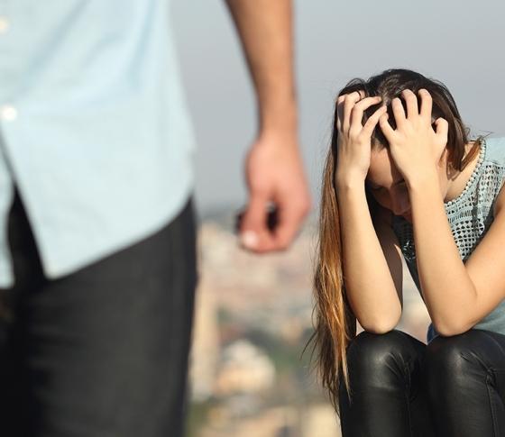 不幸な恋愛を繰り返しちゃう……恋愛運を変える自尊心ルール【ビューティQ&A】