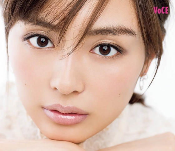 【VOCEが選んだ】美肌をかなえるクッションファンデ7選【CHANEL、シュウウエムラetc】