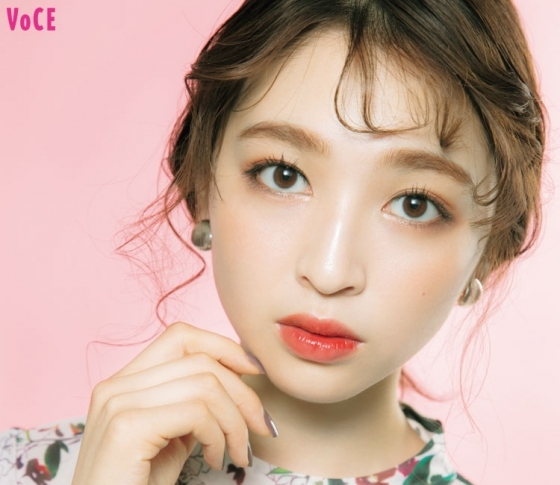 アイシャドウとの合わせも重要! 立体小顔になれる韓国式平行眉の描き方