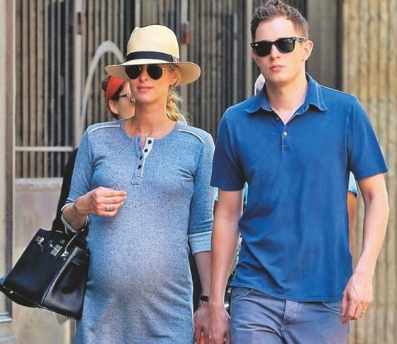 ニッキー・ヒルトンが大富豪の子を出産! 一方、姉・パリスは…!?