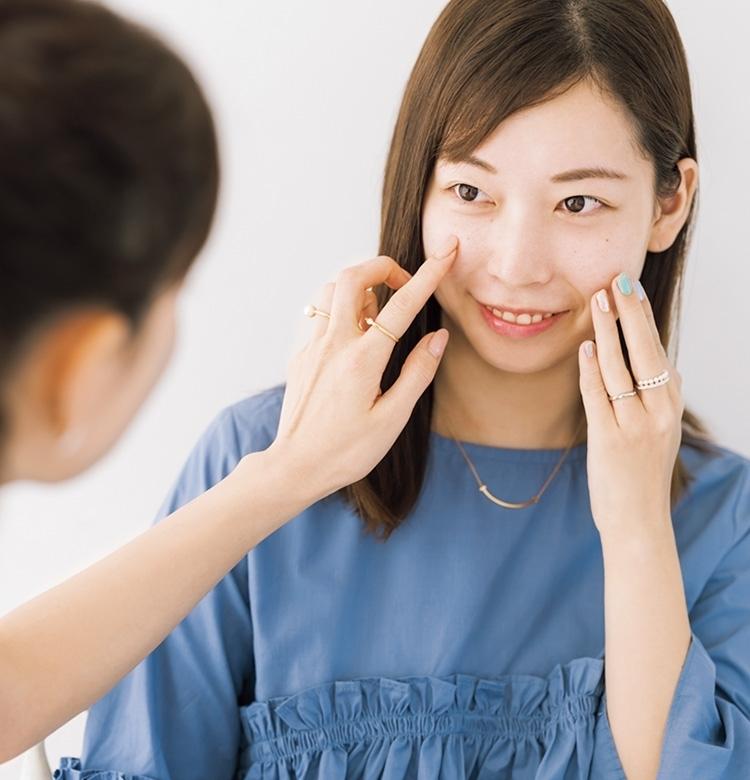 石井美保さんがVOCE読者の「たるみ悩み」をカウンセリング