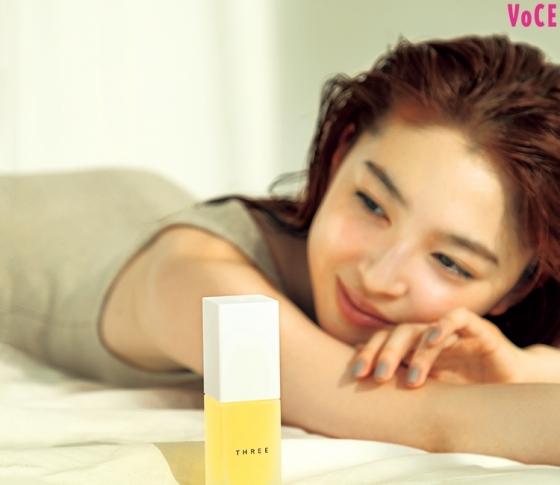 【VOCEベスコス】にランクイン! 肌を最高のコンディションに高める美容液はこの5品