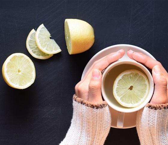 海外モデルに大流行中! レモン水ダイエットがすごい