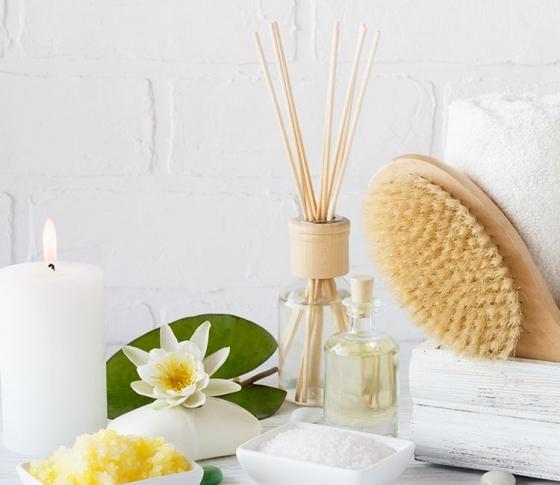 【専門医が教える!】半身浴より、38~40℃の全身浴が正解! 冷え・肩こり対策&疲労回復のコツ