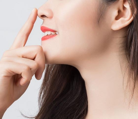 【あぁ、鼻さえ高ければ!】整形以外で高い鼻を手に入れる方法
