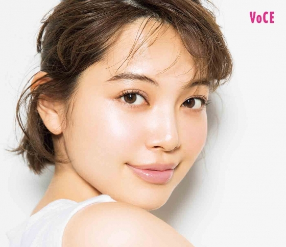 【垣内彩未の美肌の秘密】SK-II、モイスティーヌ、ラ ロッシュ ポゼ……愛用コスメ大公開!!
