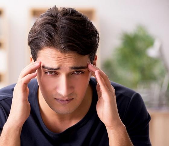 """「ご飯連れていって」はNG! 男が脳内で""""ネガティブ変換""""しちゃうワードって?"""