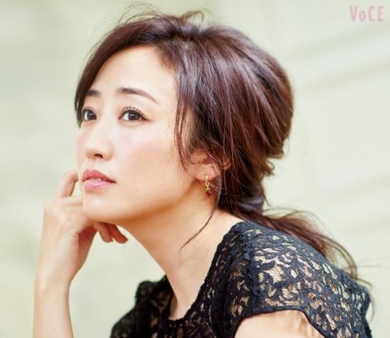 """神崎恵さんのモテ♡ヘア!""""いい女風""""くるりんぱ結びHOWTO"""