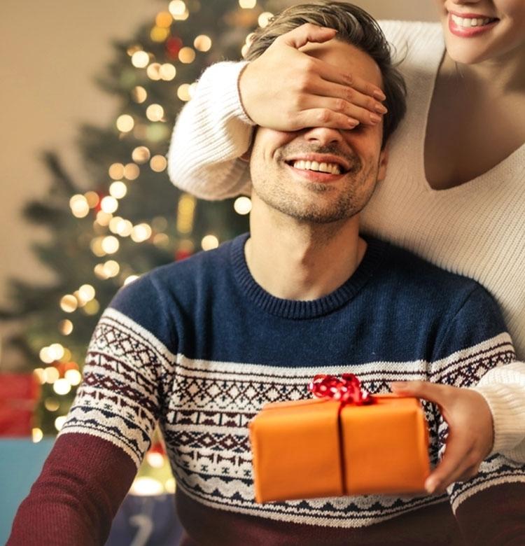 彼へのクリスマスプレゼントに! メンズがもらって嬉しいコスメ