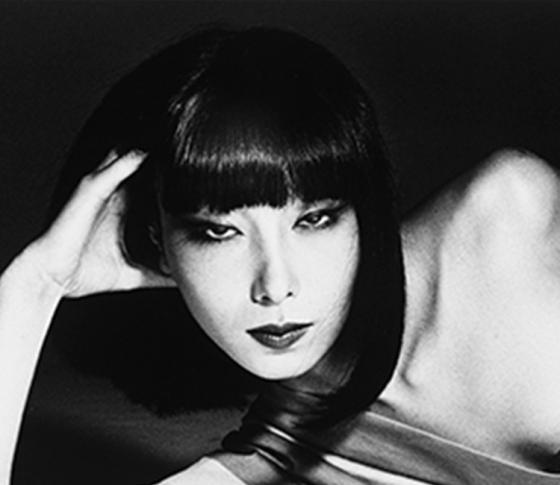 資生堂専属だった伝説のモデル、山口小夜子の展覧会に注目