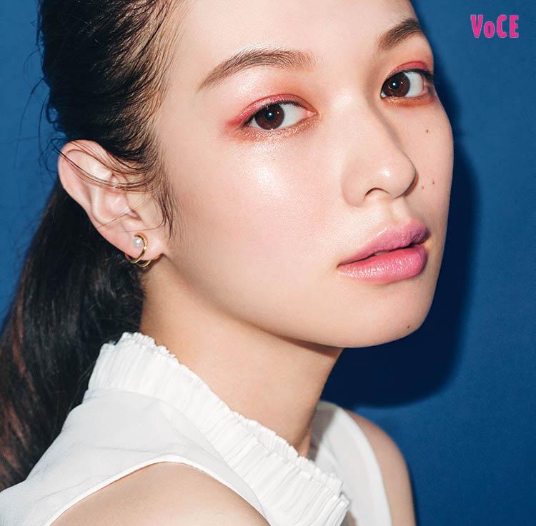 VOCE2018年12月号 森絵梨佳