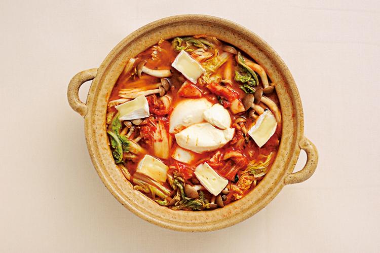 韓国風湯豆腐のカマンベール鍋