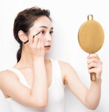 鏡を正面から見て位置確認!