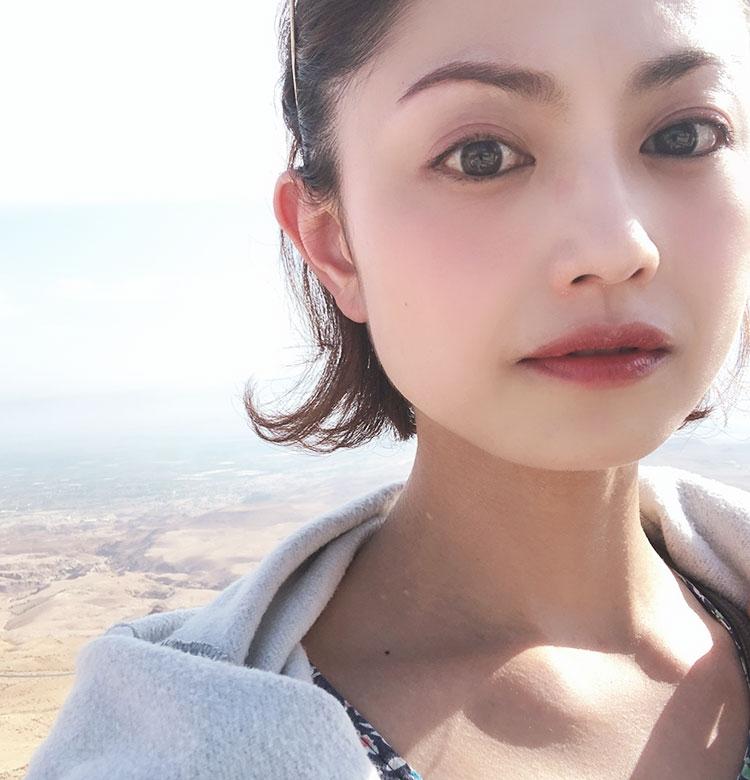 三好さんが@死海で使う【#旅コスメ】