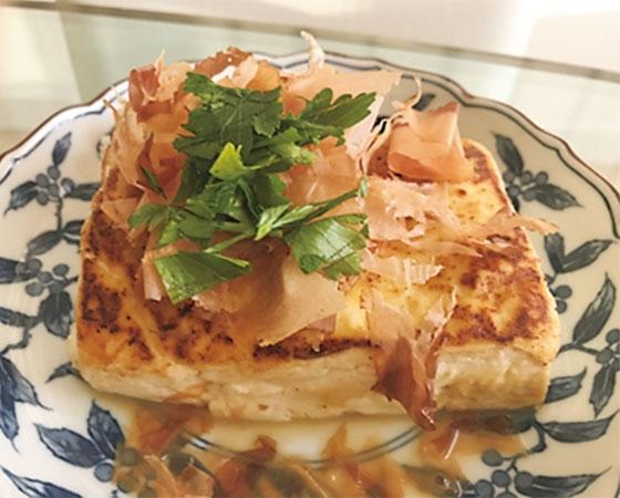 ボリューム満点豆腐ステーキ