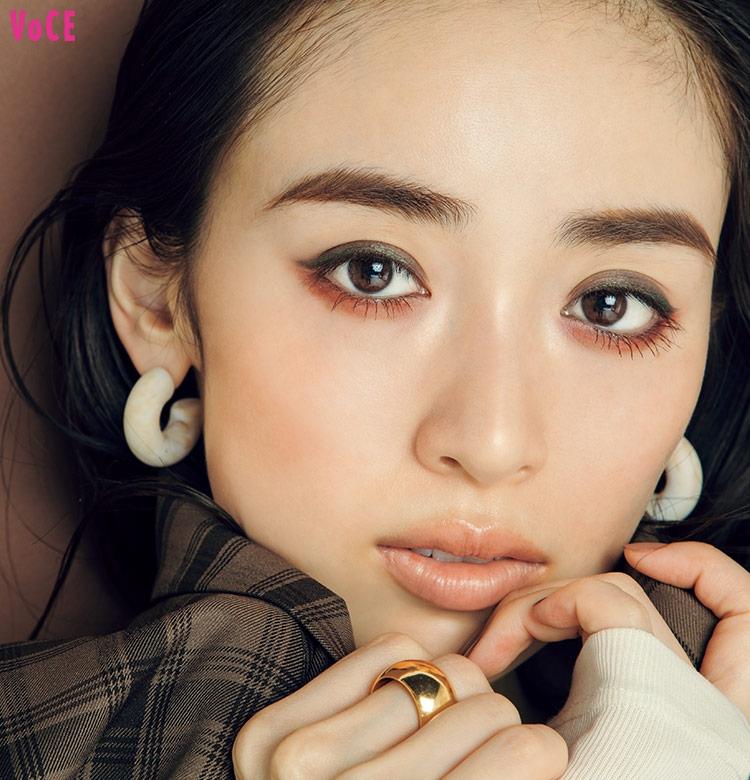 VOCE2019年10月号 泉里香