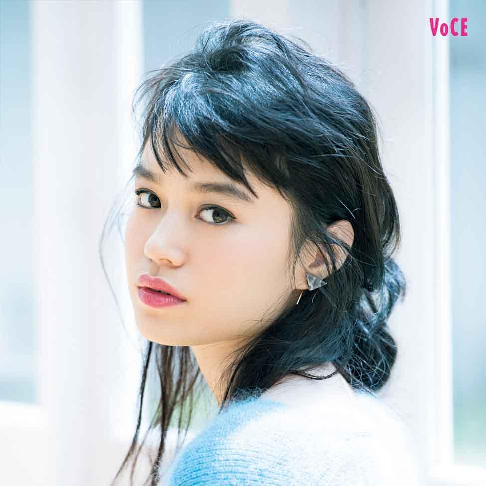 VOCE2017年12月号 野崎智子