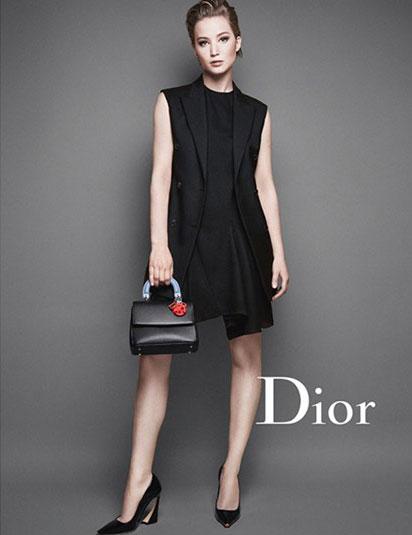 「Be Dior」のヴィジュアルを務めるジェニファー
