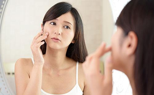 肌荒れの症状とその原因って?
